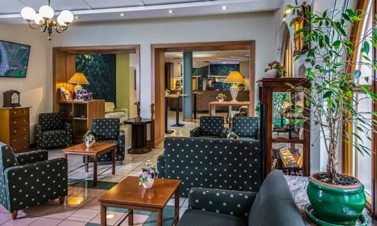 Bemutatkozás - Corvin Hotel Budapest