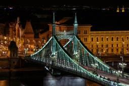 budapest-szabadsag-hid.jpg