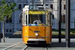budapest-excellent-public-transportation.jpg