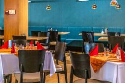 corvin-hotel-budapest-gasztronomia-ebedlo.jpg